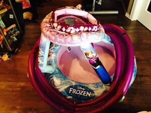 Disney Frozen Inflateable Ball Pit/paddling pool