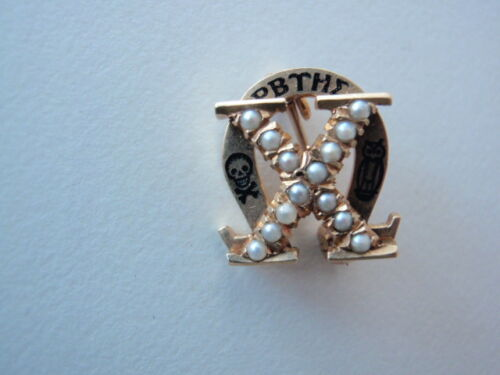 USA FRATERNITY PIN CHI OMEGA. MADE IN GOLD. PEARLS. NUMBERED. NAMED. 316