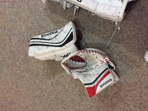 Goalie Glove and Blocker (intermediate)