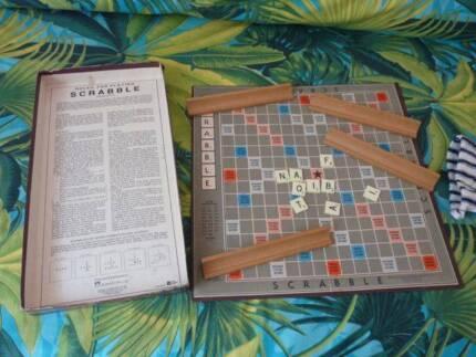Original SCRABBLE  complete -  Authentic board game