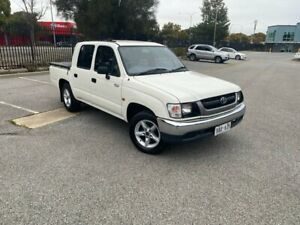 2004 Toyota Hilux RZN149R MY02 4x2 White 5 Speed Manual Utility Mile End South West Torrens Area Preview