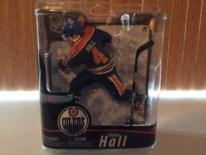 Figurines Hockey ( Mc Farlane) NHL série 28 Taylor Hall  début