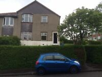 3 bedroom upper cottage flat situated in Dryburn Av, Cardonald Avail now