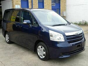 2007 Toyota Noah 70 series 7 seater Blue 5 Speed Tiptronic Wagon Taren Point Sutherland Area Preview