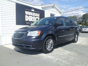 2014 Chrysler Town & Country MINIVAN 7 PASSENGER 3.6 L