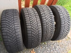215 65 R16   PIRELLI  ICE ZERO F Winter Tires
