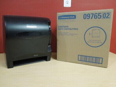 Kimberly Clark Paper Towel Roll Dispenser Lev-r-matic 09765 Nib Quantites Avail
