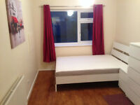 Stunning large double room**Furnished***All Bills included***Wifi***for 1 person*** in Barking, IG11