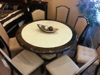 MODERN ROUND MARBLE TOP DINING ROOM WITH CHAIRS ON SALE