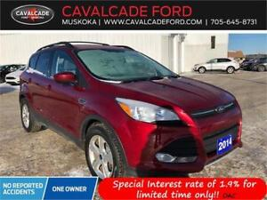 2014 Ford Escape SE 4WD with nav, trailer tow pkg, backup cam!!