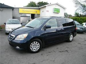 2005 Honda Odyssey Touring. CUIR. DVD . TOIT OUVRANT