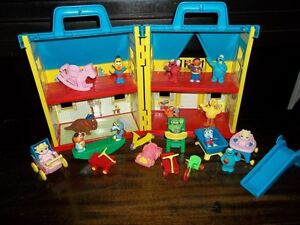 Fisher Price Little People Folding Doll House London Ontario image 4