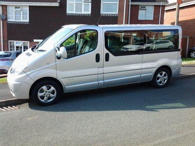 Minibus For Sale >> Renault Trafic Sport Minibus 9 seater lwb NO VAT | in Stafford, Staffordshire | Gumtree