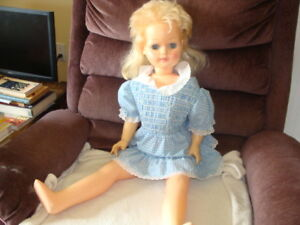 Assortment of 6 RELIABLE TOY COLLECTIBLE DOLLS