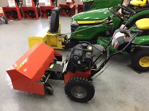 ARIENS POWER BRUSH 28. Strathcona County Edmonton Area image 2