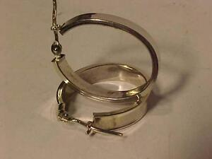 #921-18K WHITE GOLD OVAL HOOPS- GREAT VALUE-$95.00 FREE SHIPPING-ACCEPT EMAIL BANK TRANSFER-