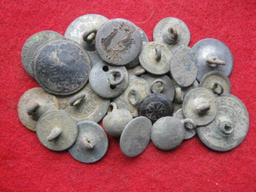 DETECTING FINDS ASSORTED LOT REV WAR COLONIAL GEORGIAN ONWARDS BUTTONS LOT #1