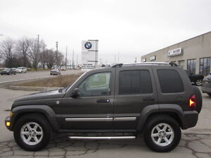LIKE NEW !!!  2006 JEEP LIBERTY LIMITED