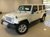 2013 Jeep Wrangler Unlimited SAHARA BLANC 4X4 NAV UNLIMITED 2 TO