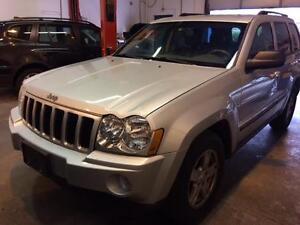 2007 Jeep Grand Chrokee Laredo 4X2 Leather Interior Alloys..