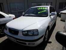 2003 Hyundai Elantra LOW KMS GLS White 5 Speed Manual Hatchback Victoria Park Victoria Park Area Preview