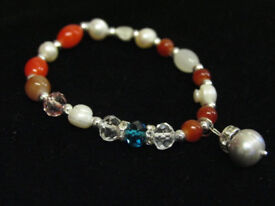 Freshwater Pearl Drop With Freshwater Pearl And Glass Bead Stretch Charm Bracelet - JTY512