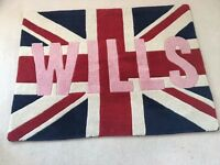 JACK WILLS RUG ***Excellent Condition, looks like NEW ***