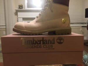 Almost new Timberland Winter Boots in original box