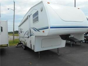 Cougar Model 276RLS Fiberglass Fifth Wheel with Rear Living.