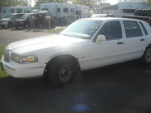 1995 Lincoln Town Car SIGNATURE SERIES,certified & etested $1995
