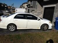 toyota corolla S   Toit ouvrant vitres elect, Mags ****1850$****