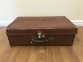 Retro Vintage Brown Board Luggage Case