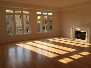 NEW EXECUTIVE TOWN HOUSE 3 Br for rent lease HWY410 & Sandalwood