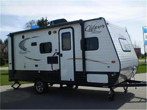 ALL NEW 2017 COACHMEN CLIPPERS ULTRA LITE Windsor Region Ontario image 4