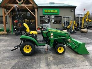 2015 JOHN DEERE 1025R COMPACT TRACTOR WITH LOADER – LOW HOURS –