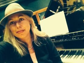 Piano teacher teaching classical, jazz, Bossanova, Folk, Blues all levels and all ages
