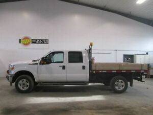 2015 Ford F-350 XLT W/ 9 FT DECK