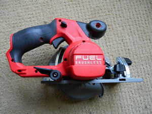 Milwaukee Fuel Brushless M12 Circular Saw