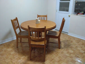 Garage Sale,Dining Table,Round Table,Custom Made Table,Oak Table