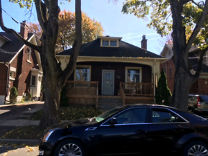 Perfect Location Old north !Close to UWO, House 5Bdrm!