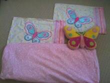 SINGLE BED - FITTED SHEET / 2X PILLOWCASES / BUTTERFLY PILLOW Caringbah Sutherland Area Preview