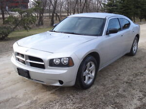2008 Dodge Charger has safety 170,000 km $6500 OBO