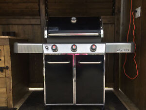 1 Year old Natural Gas Weber Genesis BBQ***Like New