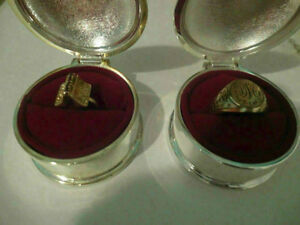 woman gold ring + more