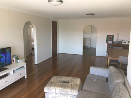 BREAK LEASE - Large 2 Bed 1 Bath, Clayfield. Close to transport