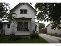 OPEN HOUSE: 131 Whittier Ave E, August 29, 11:30-1:30 pm