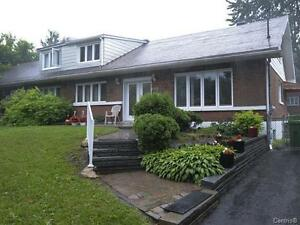 House rental with 5 BEDROOMS and HYDRO included*
