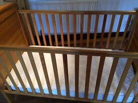 Cot bed - Mamas and Papas ASPEN range