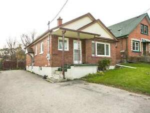 Cozy 3 Bedroom Bungalow for Lease in Oshawa