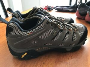 Men's Merrell Moab Gore-Tex Shoes - Size 11 - New and Unused